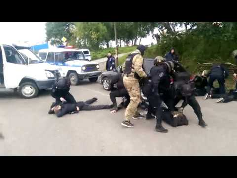 Russian riot police OMON arrested criminals group.