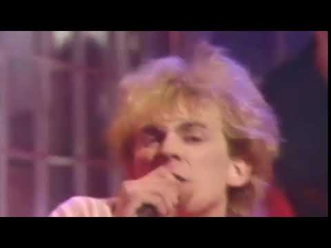 TEARDROP EXPLODES - REWARD (TOTP, Christmas Day, 1981)