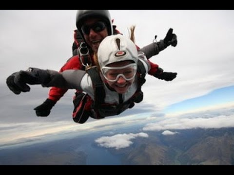 Skydivers Promote Tourism Industry in Egypt | latest world news