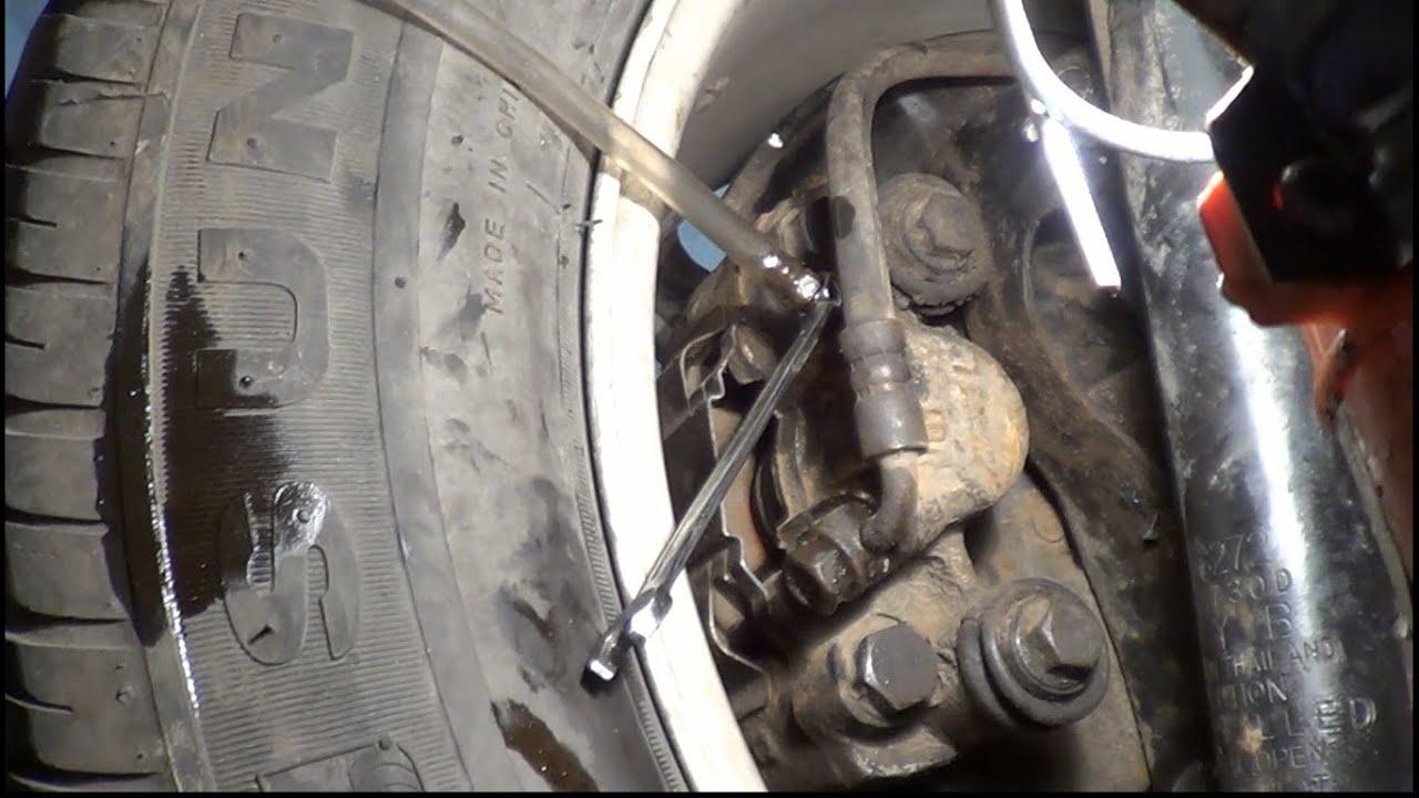 как поменять тормозную жидкость на киа рио 2012 видео