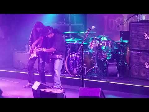 Los Lonely Boys Opening Song Big Bear CA