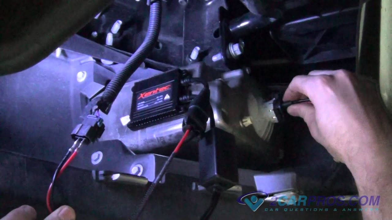 fog light bulb replacement w h i d kit install chevrolet silverado rh youtube com Mustang Fog Light Wiring Harness Mustang Fog Light Wiring Harness
