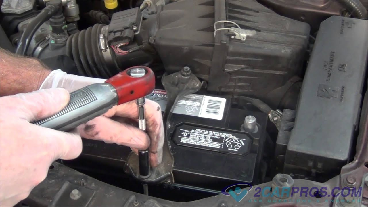 Battery Replacement Ford Escape 2000 2006 Youtube