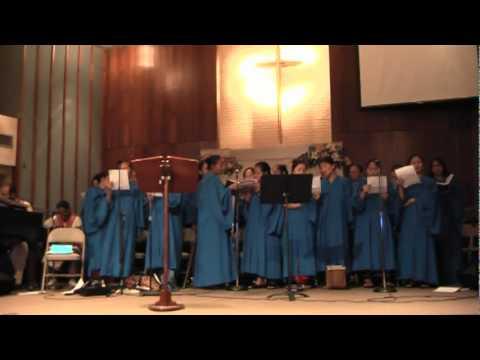 Women 39 S Choir In The Garden Youtube