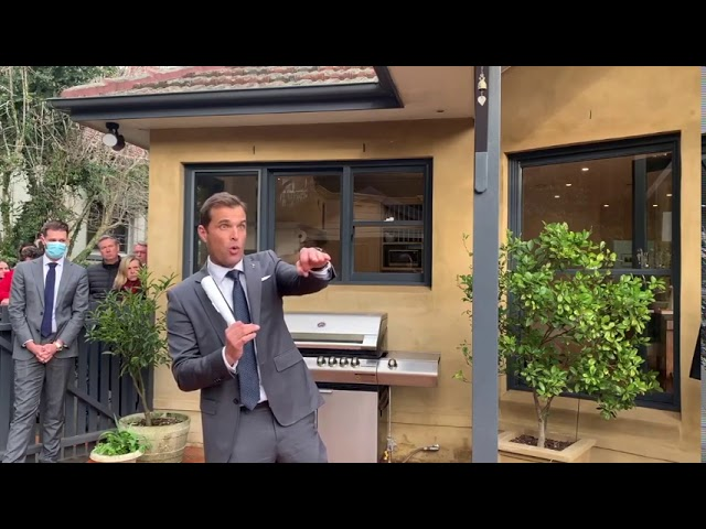 Lindfield auction sold by Paul Menck