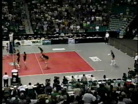 18 Wahine Volleyball g5