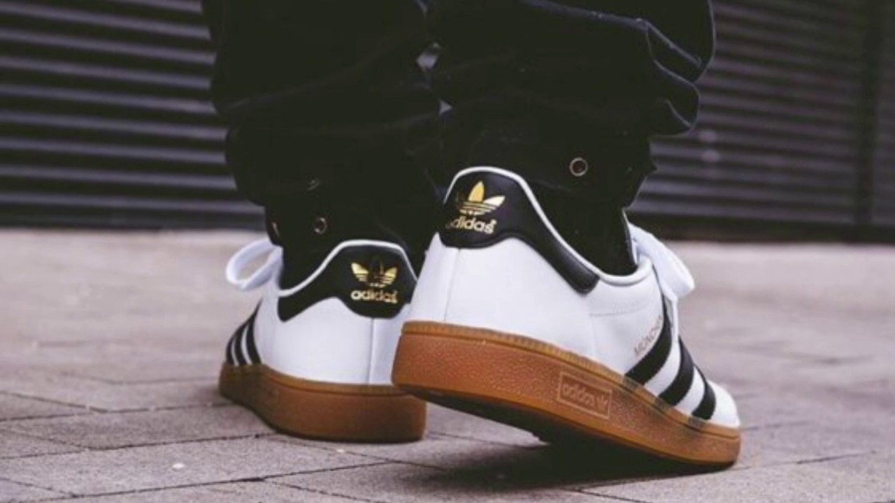 finest selection a628b 657be The adidas Munchen Comes In A Classic White, Black and Gum Color Scheme
