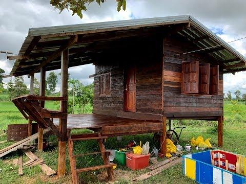 บ้านหลังน้อย,ชิงช้า จากไม้เก่า  กับบรรยากาศธรรมชาติ กลางทุ่งนา