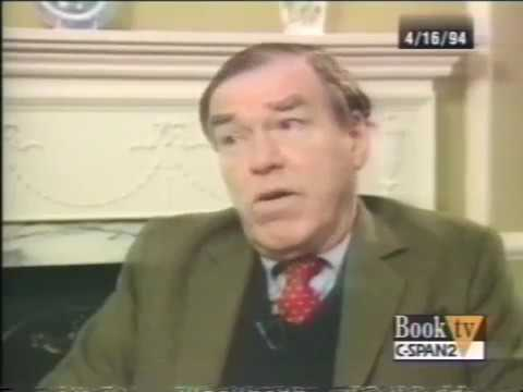 Historian John Keegan   A History of Warfare