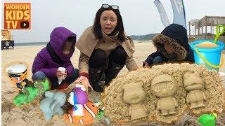 보물이 숨겨진 모래놀이. 모래 속에 숨겨진 뽀로로와 친구들을 구출하라! playing sand toys