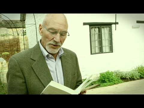 Patrick Stewart reads to Autumn by John Clare