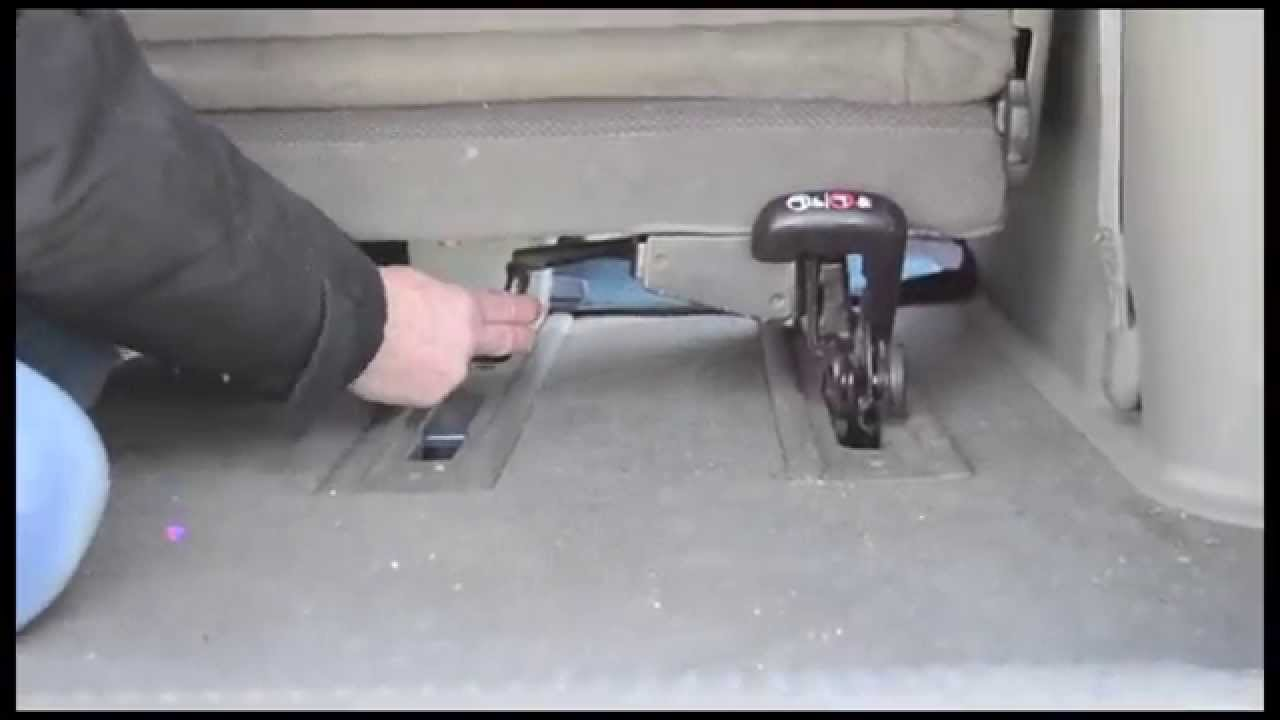 How To Remove A Minivan Seat Youtube