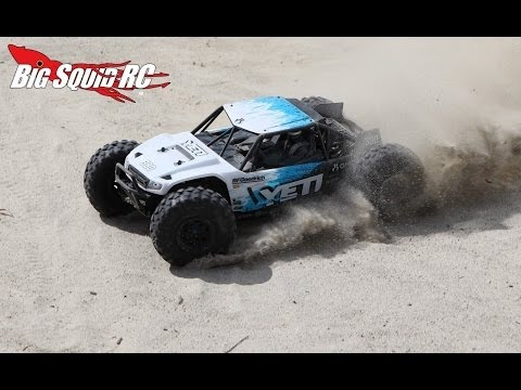 Axial Yeti Review - The RC Rock Racer in Action