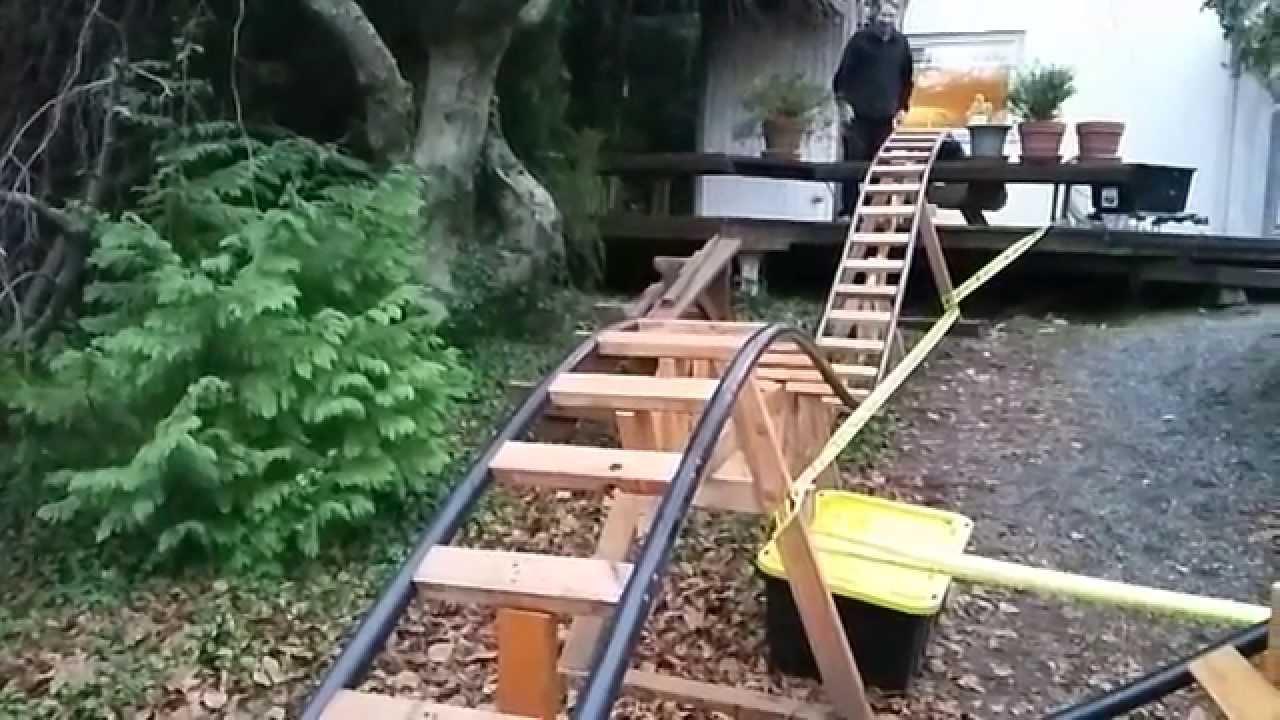 BYRC-2D-01 2D Backyard Roller Coaster in slow motion - YouTube