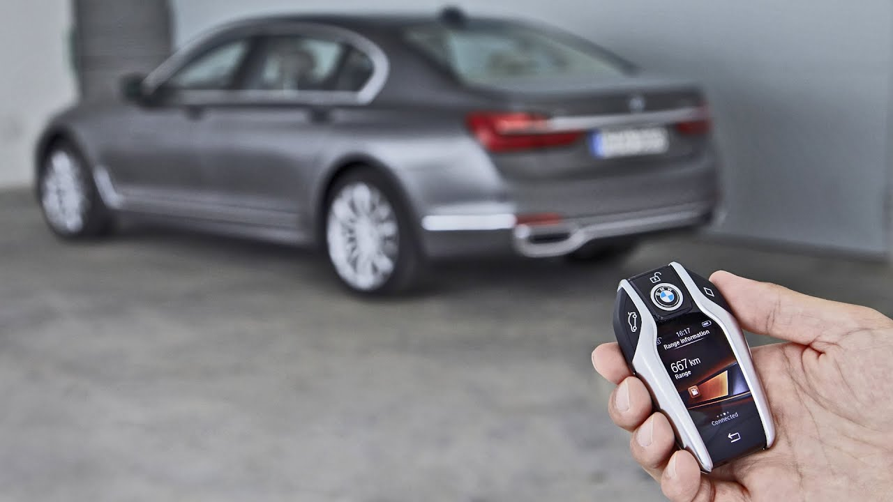 Bmw 7 Series 2016 Remote Control Parking Demonstration
