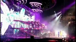 Robbie Williams - Swings Both Ways Live Part1 @O2World Berlin 29.5.2014