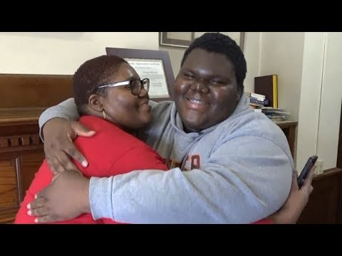The Woody Show - Formerly Homeless Teen Gets Accepted to 18 Colleges