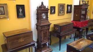 Symphonion: Antique Musical Hall Clock