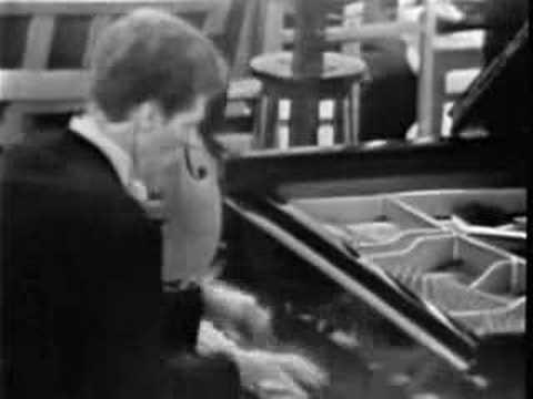 (Cliburn)Tchaikovsky Piano Concerto No.1 Mvt III