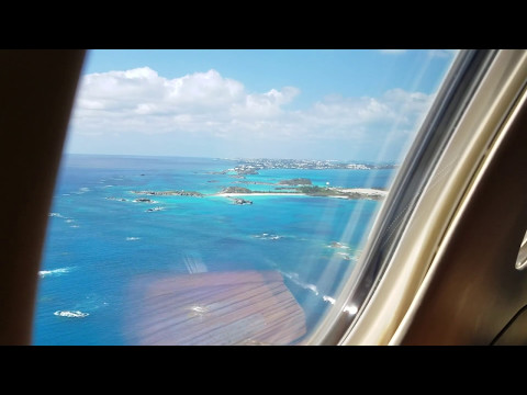 Landing in Bermuda in the 2015 Embraer Phenom 300 April 2017