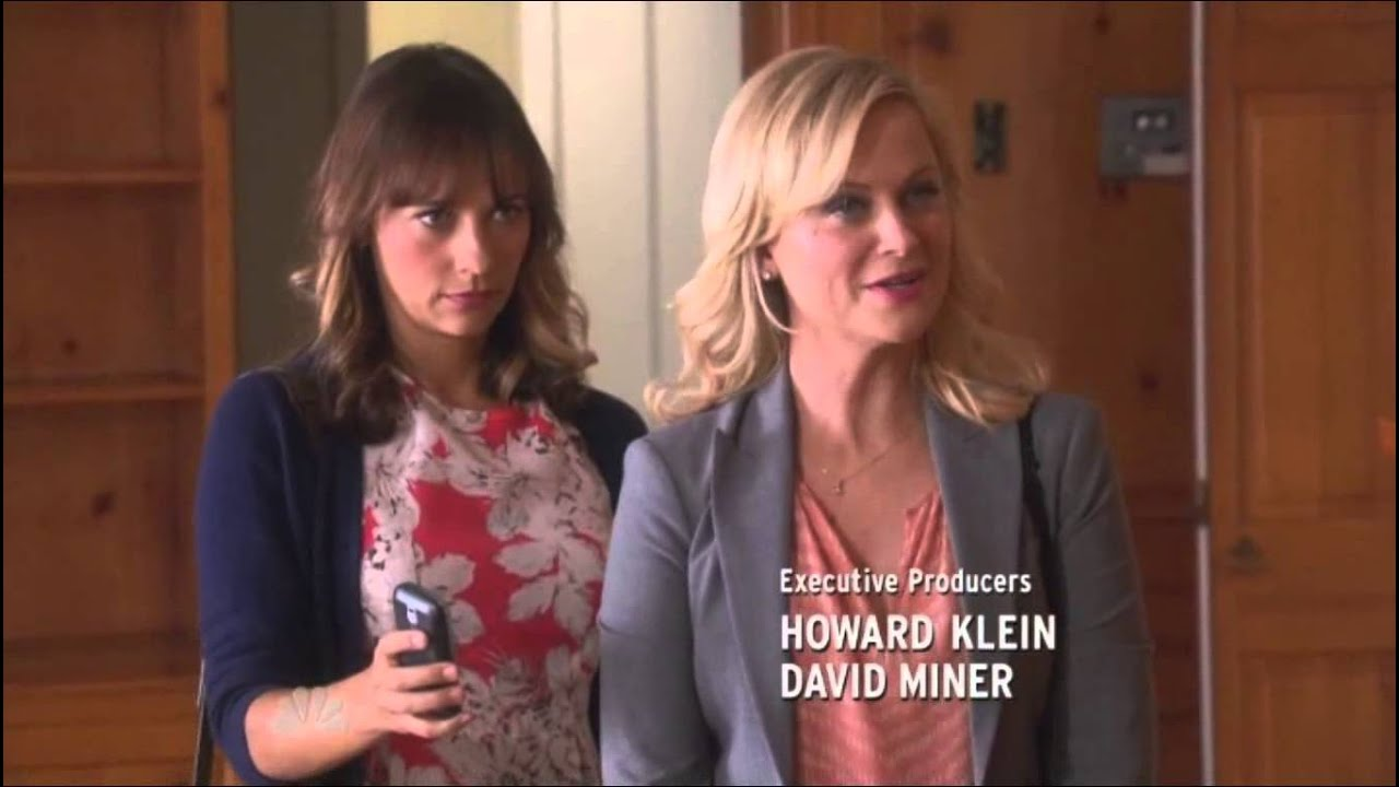 Parks and Recreation: Ann and Leslie dancing - YouTube