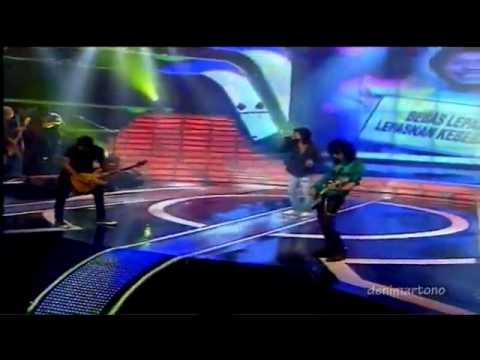 Slank Dance quot FINAL5 Indonesia Mencari Bakat.flv