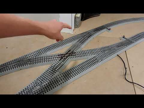 Lionel FasTrack Double Crossover (Layout Update)