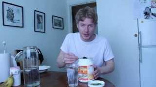 Simple chlorella drink with destilled water