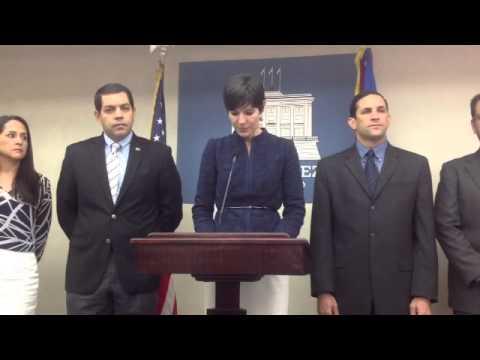 Qik - Secretaria de la gobernaciòn Ingrid Vila by Foro Noticioso