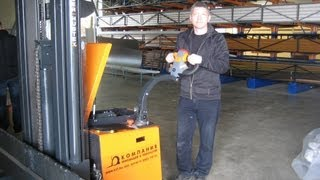Многоходовой электроштабелер Genkinger-HUBTEX EGPL боковые электроштабелеры для длинномерных грузов(Боковые электроштабелеры http://www.kiit.ru для длинномерных грузов Genkinger-HUBTEX с электрическим приводом отличаются..., 2012-02-09T11:15:56.000Z)