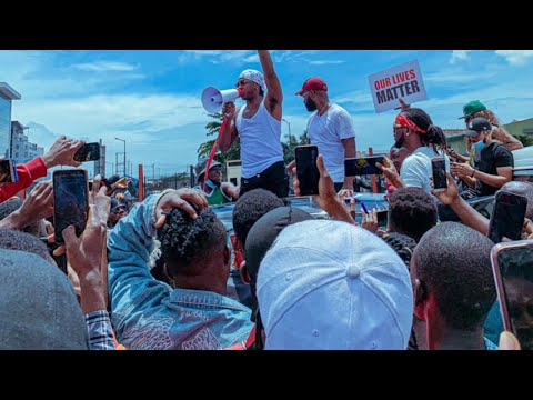 #ENDSARS MASS PROTESTS LED BY TIWA SAVAGE, FALZ AND RUNTOWN IN LAGOS, NIGERIA.