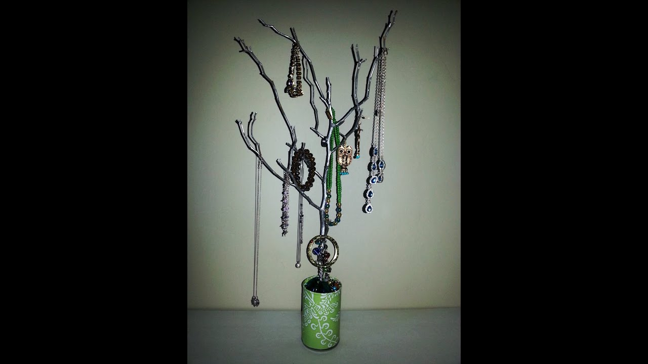 Diy tree branch jewelry organizer quick inexpensive for Tree branch jewelry holder