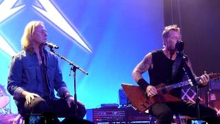 Metallica w/ Jerry Cantrell - Nothing Else Matters (Live in San Francisco, December 9th, 2011)
