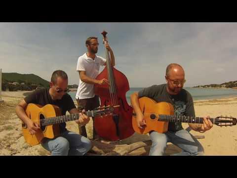 Swing 48 on the beach  -  So Swing Trio