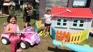 Elif Öykü and Masal Playhouse, Pink Car cleaning Pretend play with fun kid video