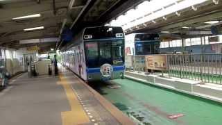千葉モノレール俺の妹。号 千葉みなと駅1号線ホーム到着の様子です。