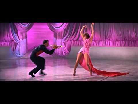 Traquenard (Party Girl), 1958 de Nicholas Ray avec Cyd Charisse.