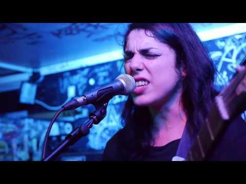LAETITIA SHÉRIFF @ Bar'Hic (Rennes, France) Kfuel Show 2016 [Full Live Multi-Cam]