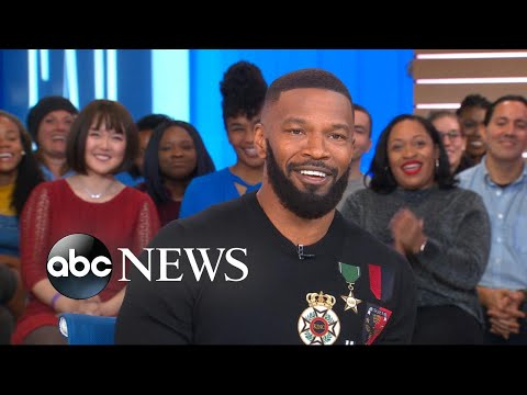 Jamie Foxx gets surprised by Michael B. Jordan at 'GMA'