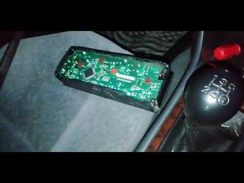 Снятие передней панели Toyota Carina At211. Не работает лампочка в климат-контроле