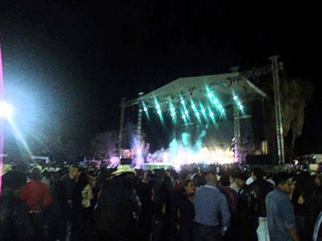 LA ARROLLADORA BANDA  DEL LIMON   EN CARNAVAL DE CHAPALA 2014 Travel Video