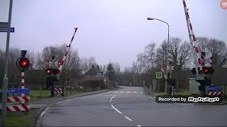 Video Railroad Crossing in Usquert - Netherlands download MP3, 3GP, MP4, WEBM, AVI, FLV April 2018