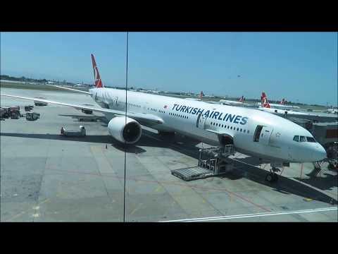Turkish Airlines Boeing 777-300 IST-LHR Economy