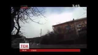 Ураган в Крыму(UA - Ураган у Криму повалив 5-метрові дерева, паркани, металеві огорожі. Випуск ТСН.Ранок за 25 березня 2013 року..., 2013-03-25T08:58:57.000Z)