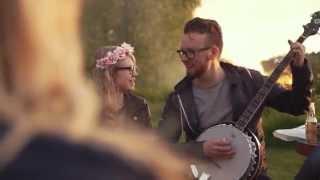 Lenovo Day In The Life: Jukka The Banjo Man & YOGA 3 Pro