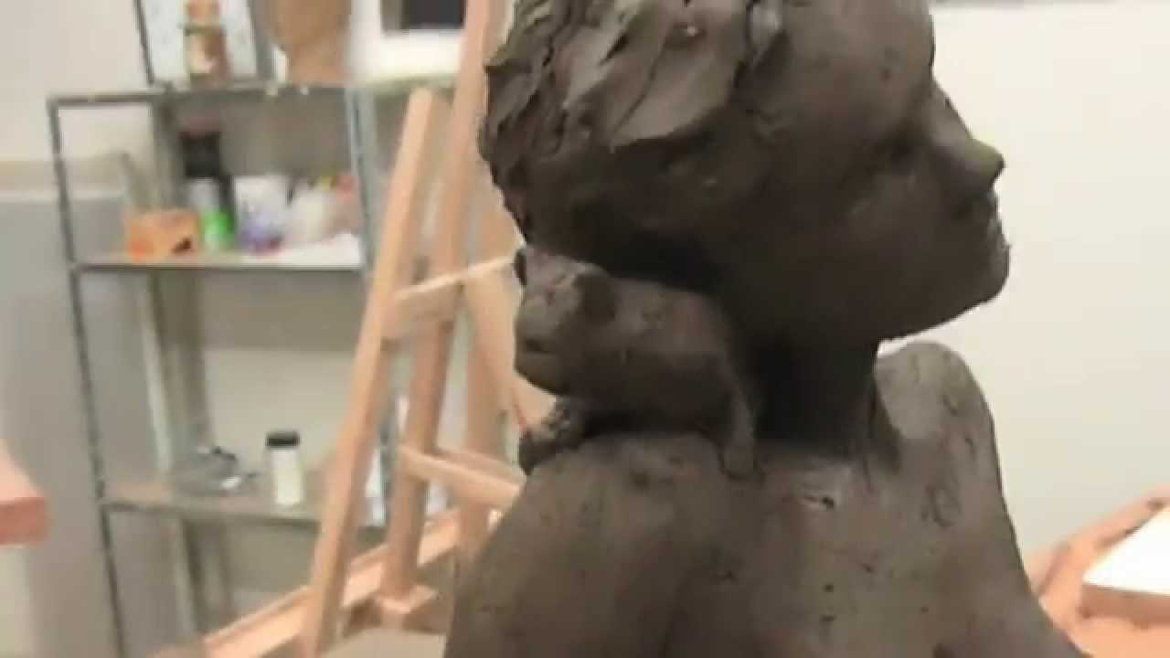Super Sculpture en argile de jeune femme et chaton - YouTube RI21