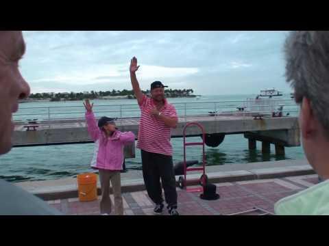 Key West busker picks the wrong kid!