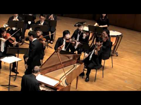 Bart Van Oort & Collegium Musicum Hong Kong - Mozart's Piano Concerto No. 20 in D minor, KV 466