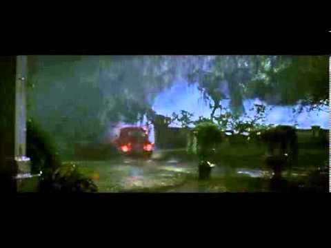 The Skeleton Key ( 2005 ) .... Caroline Helps Disabled Ben To Escape