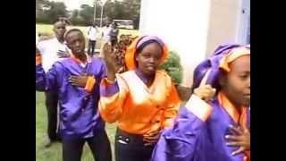 Mungu mwenye nguvu- St. Alexandro Choir KCA University Nairobi(By Moreno Ikale)